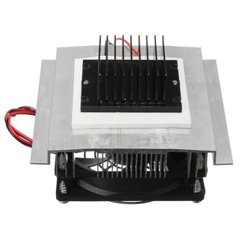 Mini DC12V Semiconductor Refrigeration Pet Refrigerated Air Conditioner Cooler